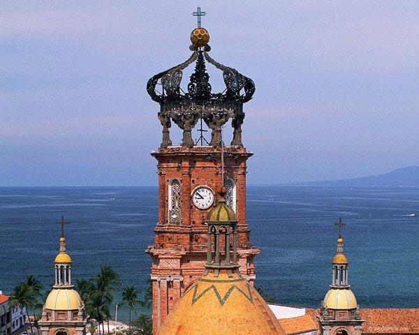 купол на църква под формата на кардиола-важдра
