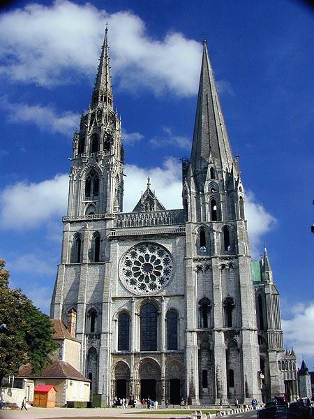 Готическа катедрала във Франция
