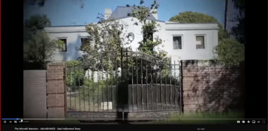 изоставени домове